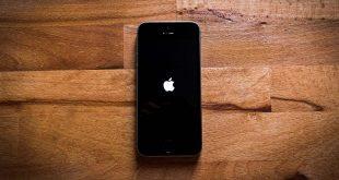 Cách khởi động lại iPhone của bạn nếu nó bị kẹt trên logo Apple